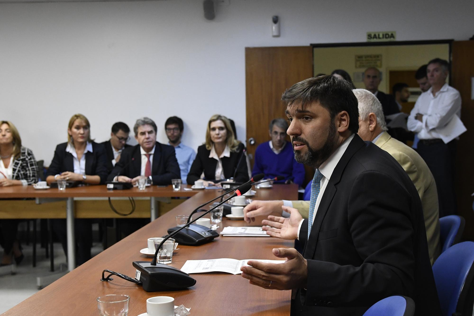 OTRA RONDA PARA LA CONSTITUCIÓN DE COMISIONES EN EL INICIO
